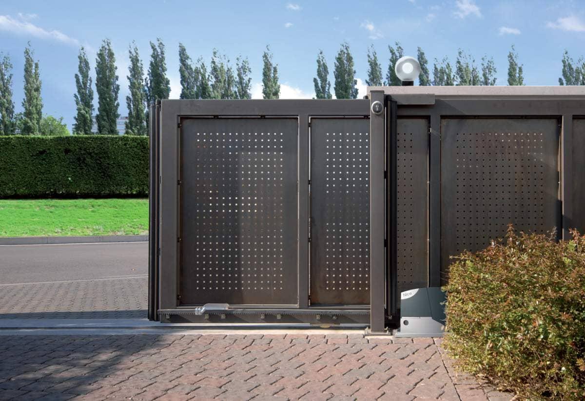 Автоматика для откатных ворот в Черкассах